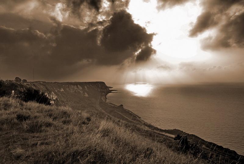 White_cliffs_of_Britain-600czk.jpg